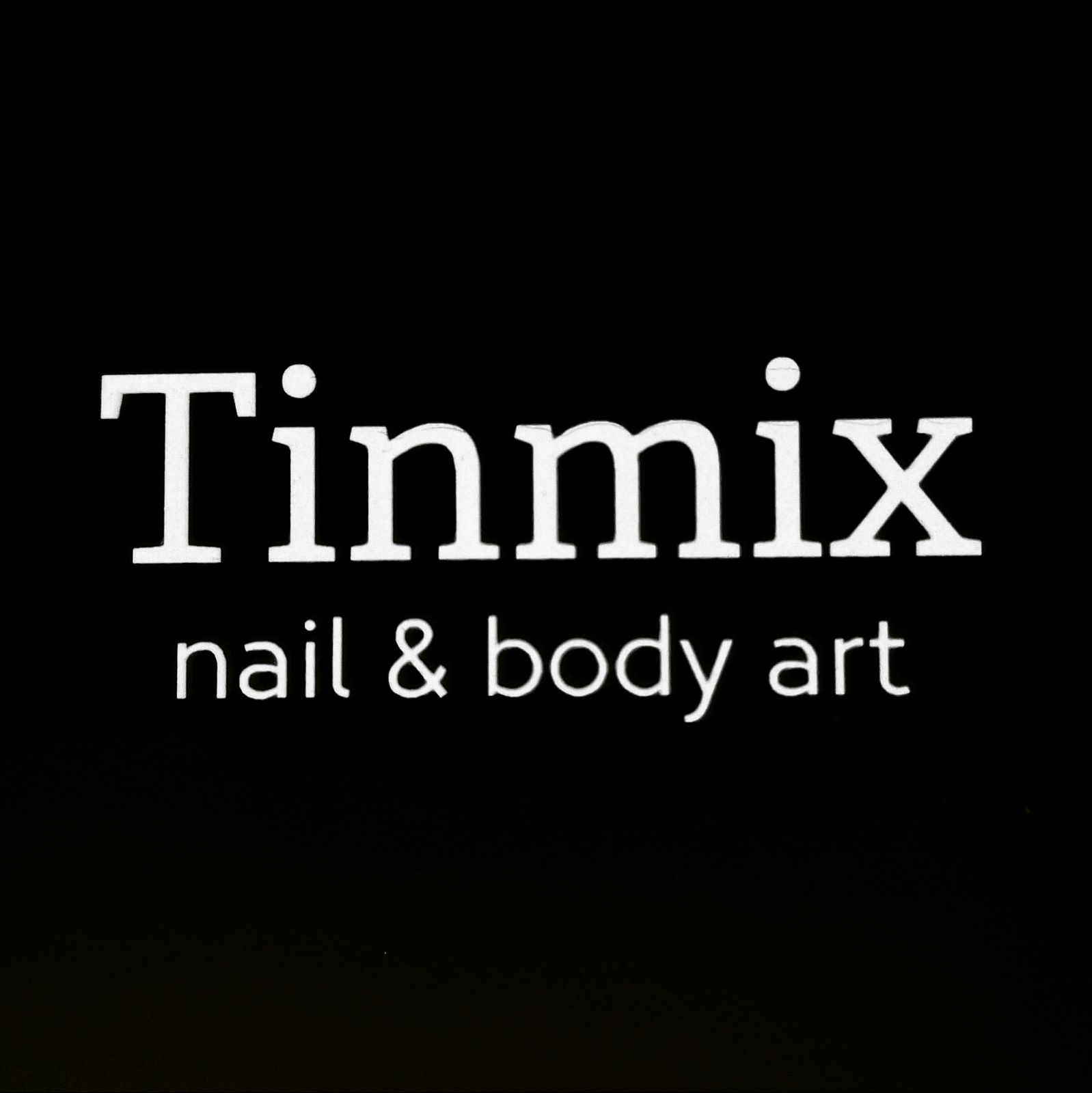 Tinmix  nail & body art