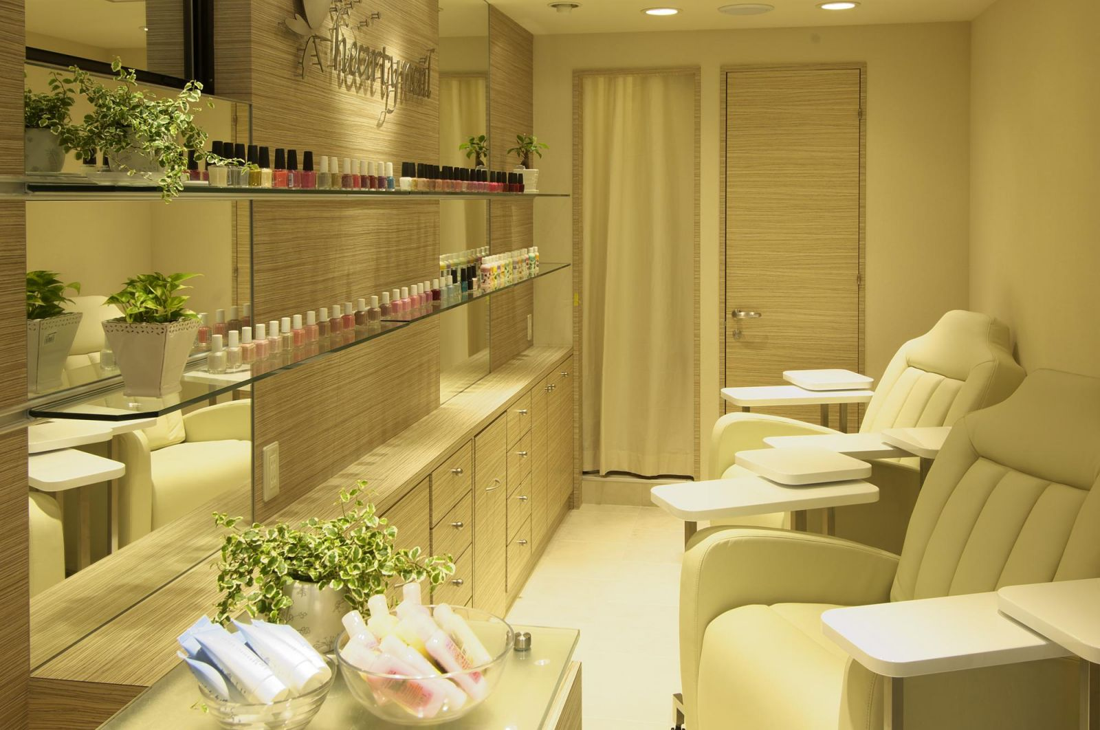 hearty nail ハーティーネイル自由が丘南口店