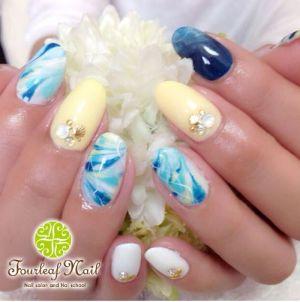 four-leaf nail
