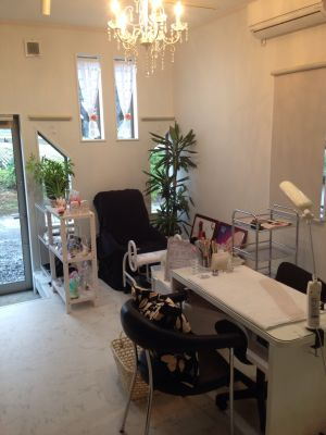 private nail salon -chelsea-